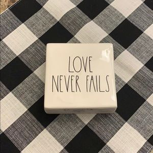 Rae Dunn Love Never Fails Decor